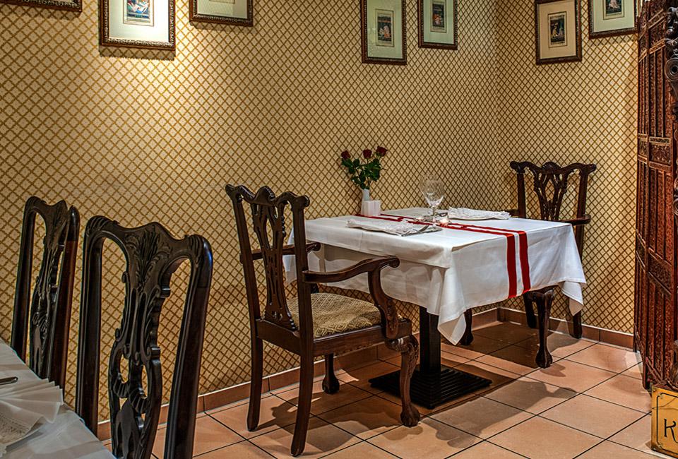 Restauran-2er-Tisch